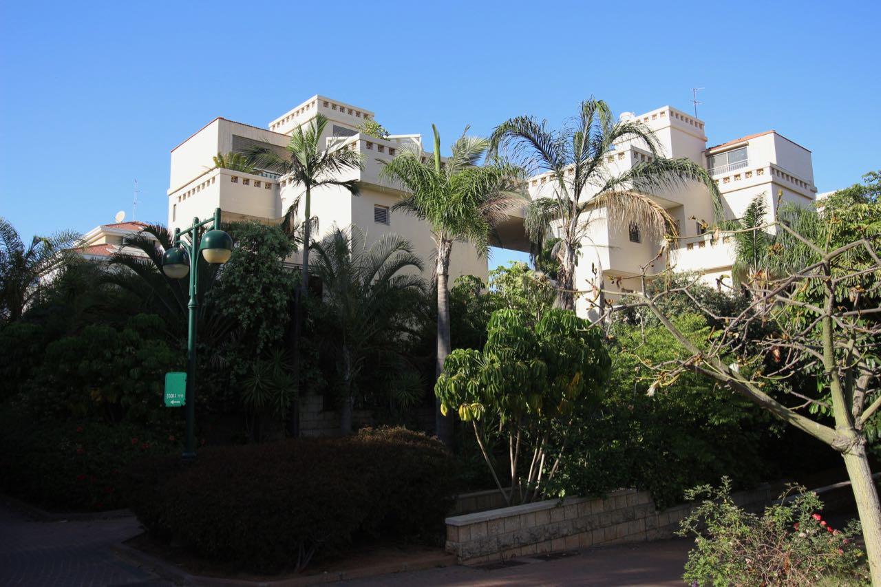 A vendre un penthouse duplex exceptionnel.